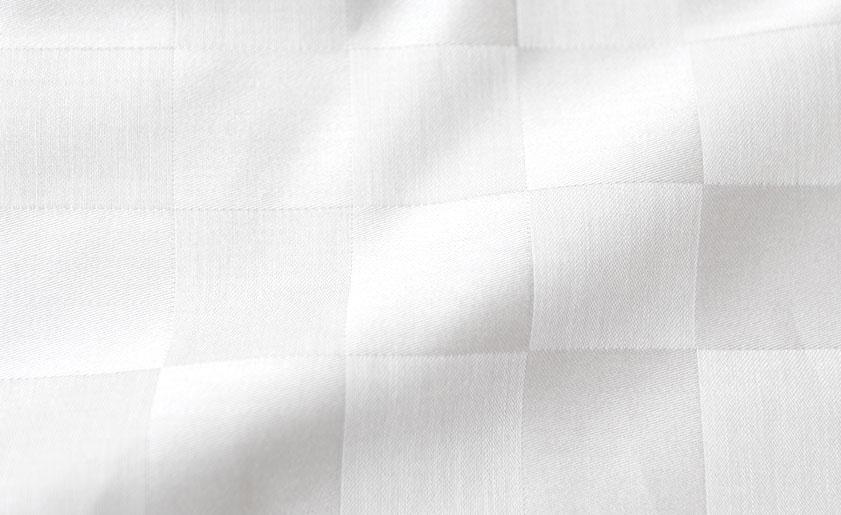 天然の油脂分が多い種類のコットンの長綿100%でしっとり柔らかな肌触り
